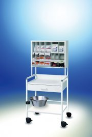 8.16 treatment trolley COMPACT